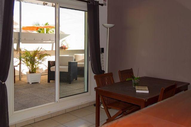 Sala de estar Alquiler Apartamento 85760 Saint Leu