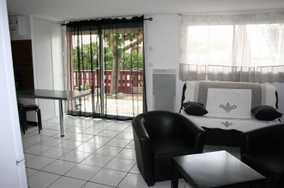 Sala de estar Alquiler Apartamento 84765 Narbonne plage