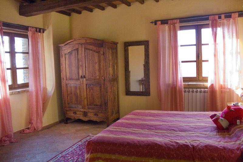 dormitorio 3 Alquiler Casa 87280 Cortona