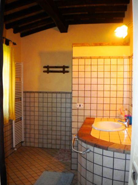 cuarto de baño 1 Alquiler Casa 87280 Cortona