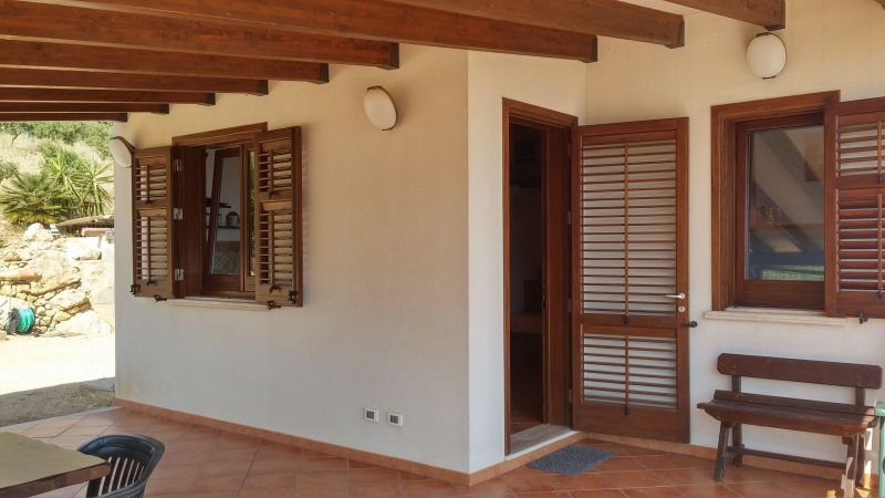 Entrada Alquiler Villa 66027 Scopello