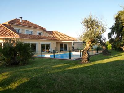 Alquiler Villa 98885 Pau