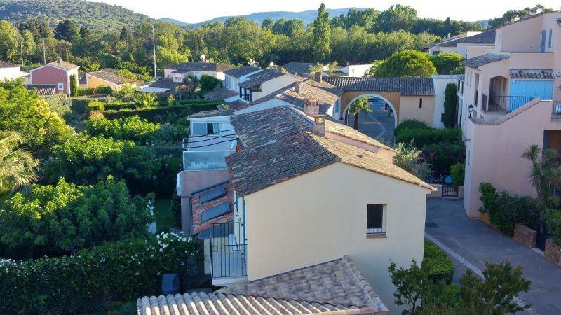 Vistas exteriores del alojamiento Alquiler Villa 10266 Saint Tropez