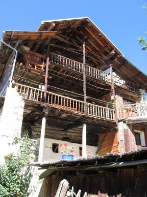Vistas exteriores del alojamiento Alquiler Apartamento 28786 Molines Saint-V�ran