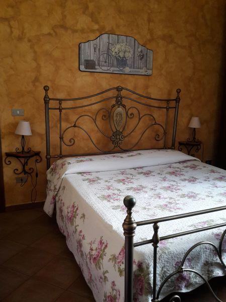 dormitorio 1 Alquiler Villa 54358 Capo d'Orlando