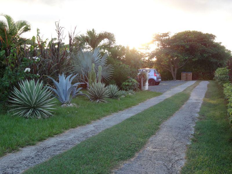 Aparcamiento Alquiler Casa rural 60311 Sainte Anne (Guadalupe)