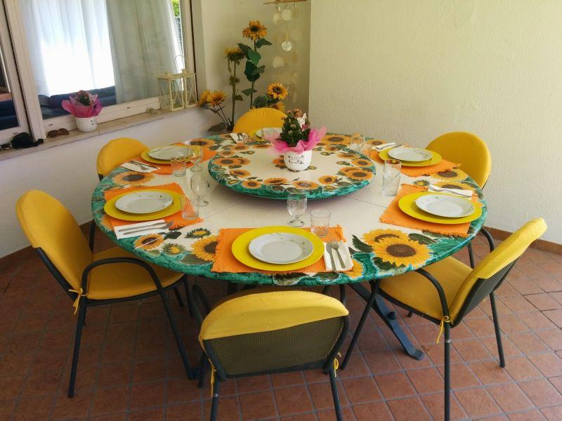 Veranda (Porche) Alquiler Villa 61113 Garda