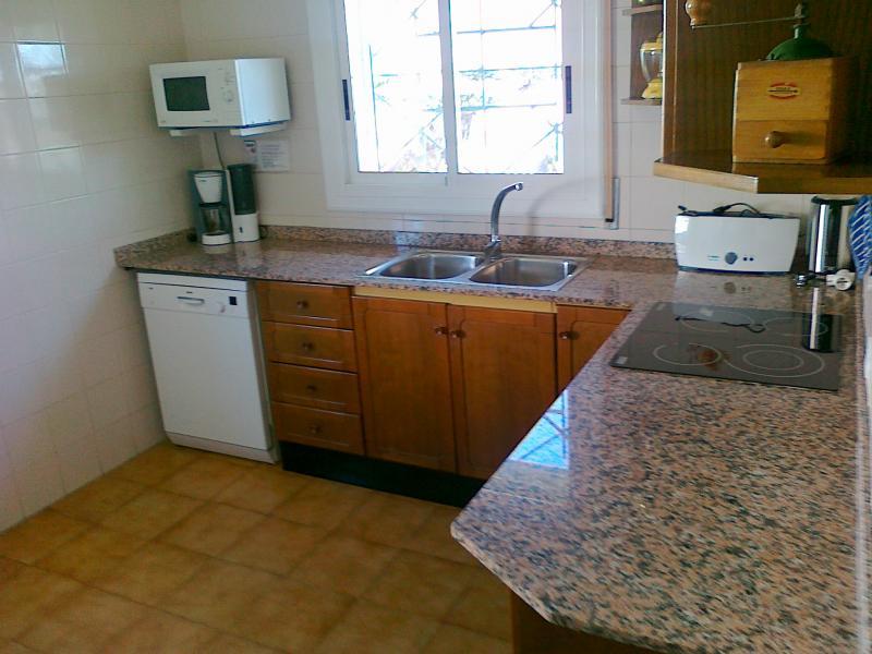 Cocina de verano Alquiler Villa 63018 La Ampolla