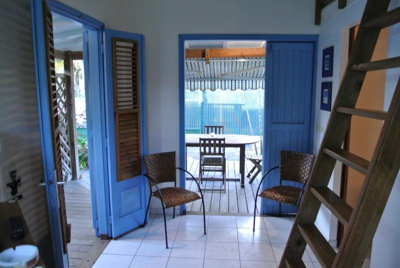 Sala de estar Alquiler Bungalow 8023 Sainte Anne (Guadalupe)