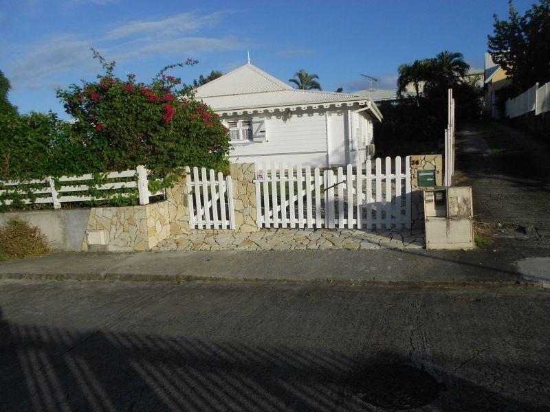 Entrada Alquiler Villa 8123 Sainte Anne (Martinique)