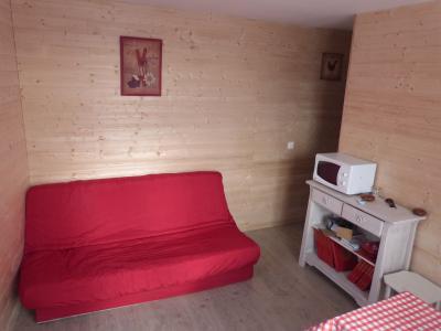 Alquiler Apartamento 99870 Saint L�ger les M�l�zes