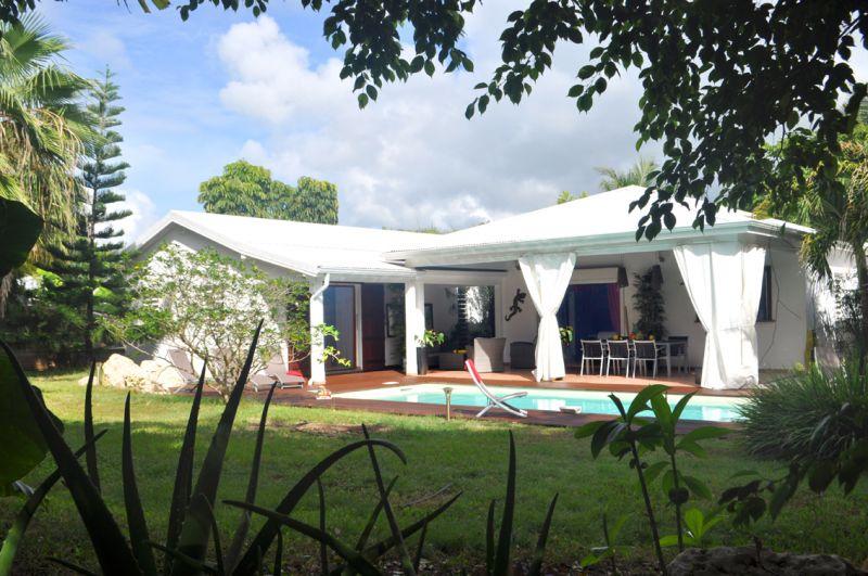 Vistas exteriores del alojamiento Alquiler Villa 101258 Saint Francois