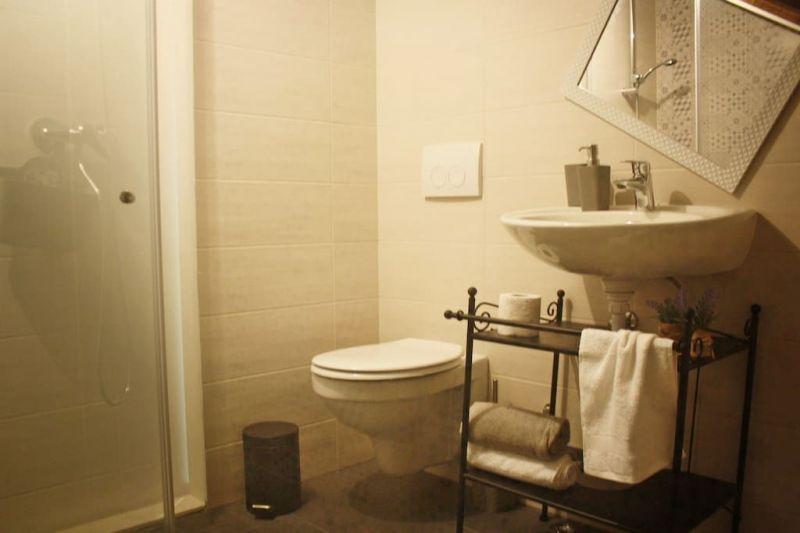 cuarto de baño 2 Alquiler Casa 114405 Trogir