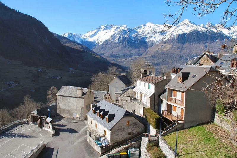 Vistas exteriores del alojamiento Alquiler Apartamento 78239 Luz Saint Sauveur