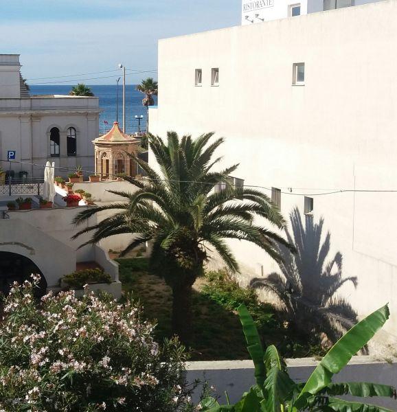 Vistas de las proximidades Alquiler Apartamento 72290 Santa Maria di Leuca
