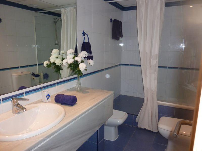 cuarto de baño Alquiler Apartamento 108123 Vera