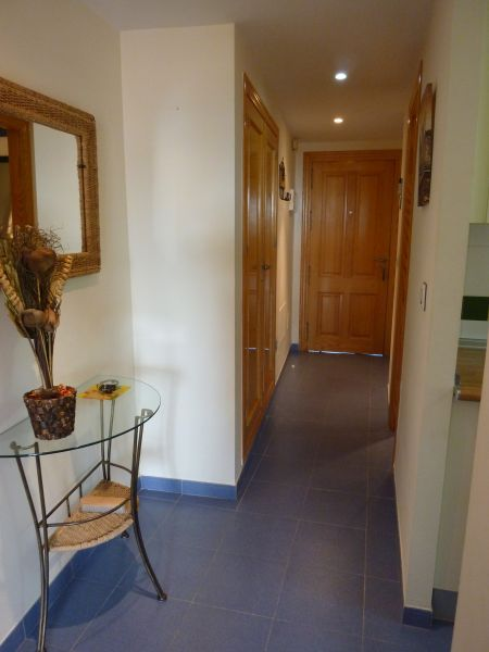 Pasillo Alquiler Apartamento 108123 Vera