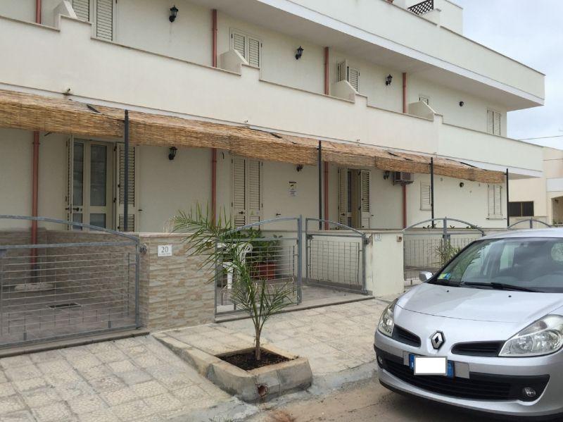 Vistas exteriores del alojamiento Alquiler Apartamento 97977 Ugento - Torre San Giovanni