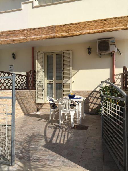 Entrada Alquiler Apartamento 97977 Ugento - Torre San Giovanni