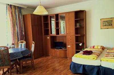Sala de estar Alquiler Estudio 84179 Berl�n