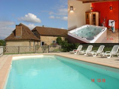 Vistas exteriores del alojamiento Alquiler Casa rural 97938 Montignac sur V�z�re (Grutas de Lascaux)