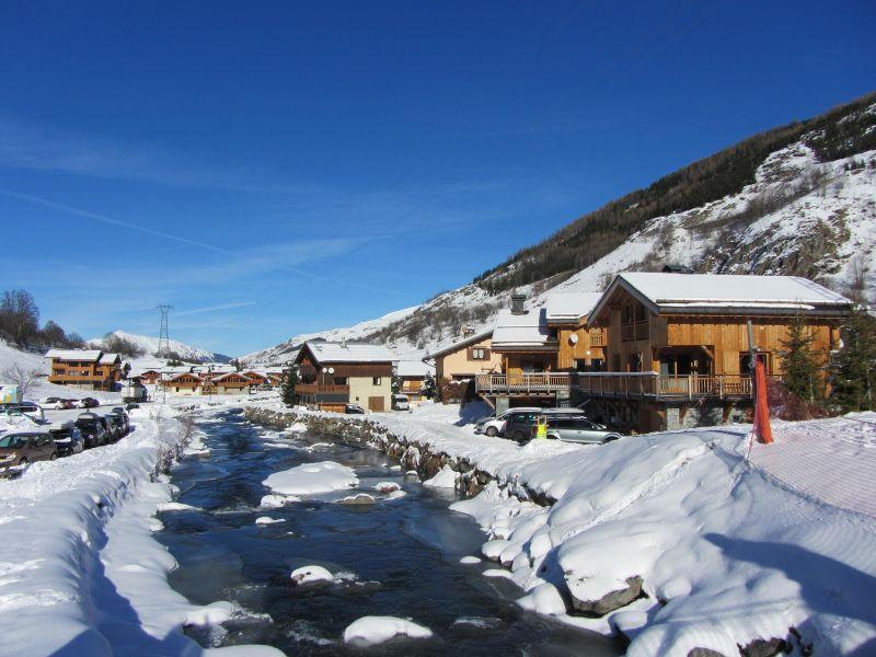 Vistas de las proximidades Alquiler Chalet 100576 Les Menuires