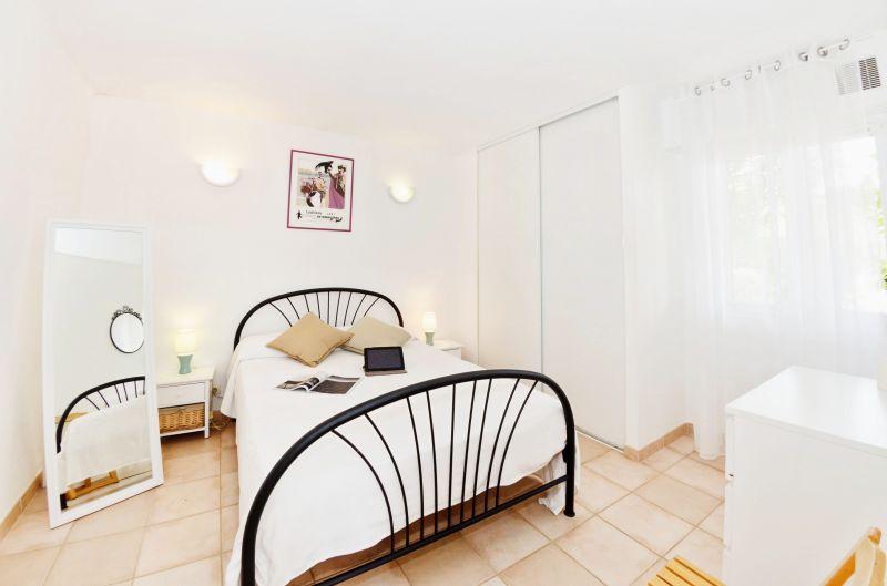 dormitorio 1 Alquiler Apartamento 68566 La Londe les Maures
