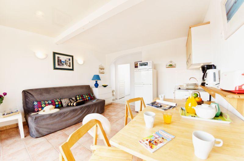 Sala de estar Alquiler Apartamento 68566 La Londe les Maures