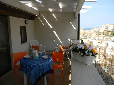 Veranda (Porche) 1 Alquiler Apartamento 70426 Castellammare del Golfo