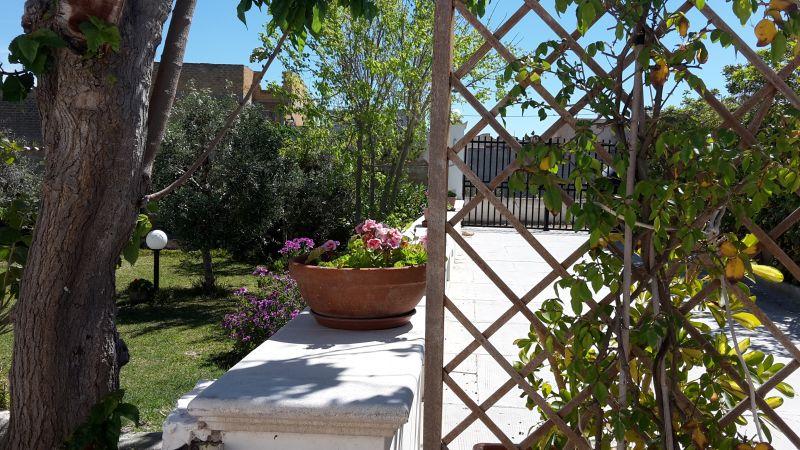 Jardín Alquiler Apartamento 78356 Tre Fontane