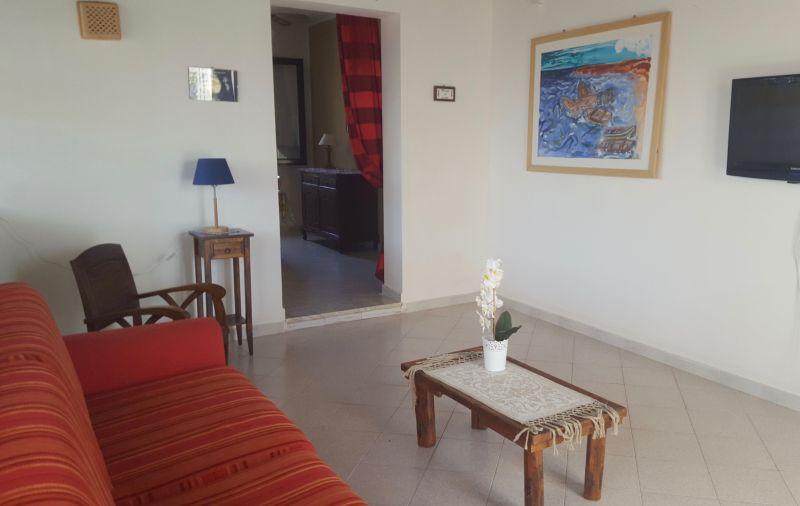 Sala de estar Alquiler Apartamento 78356 Tre Fontane