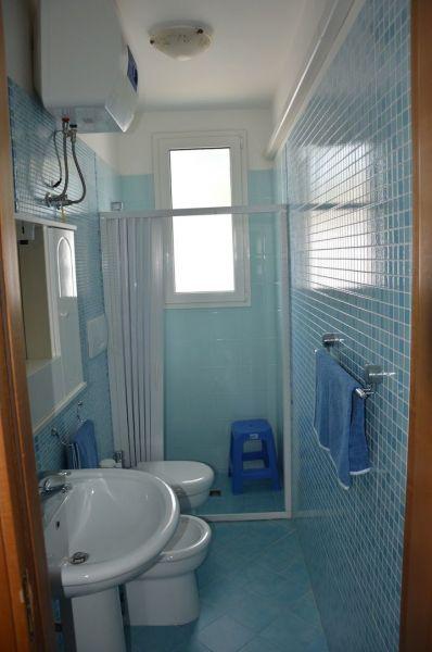 cuarto de baño Alquiler Apartamento 83720 Porto Cesareo