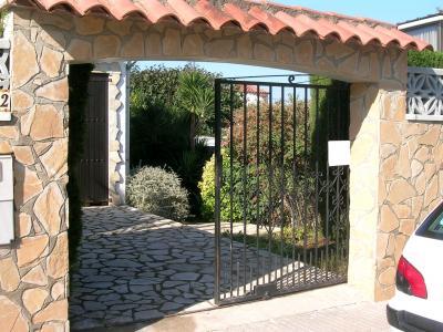 Entrada Alquiler Villa 96172 La Escala