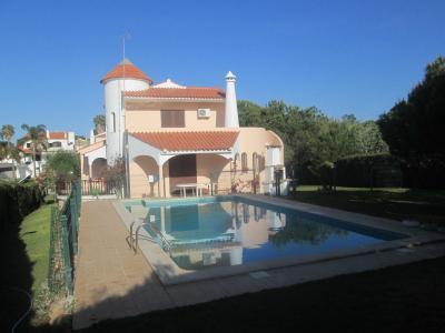 Alquiler Villa 90228 Quarteira