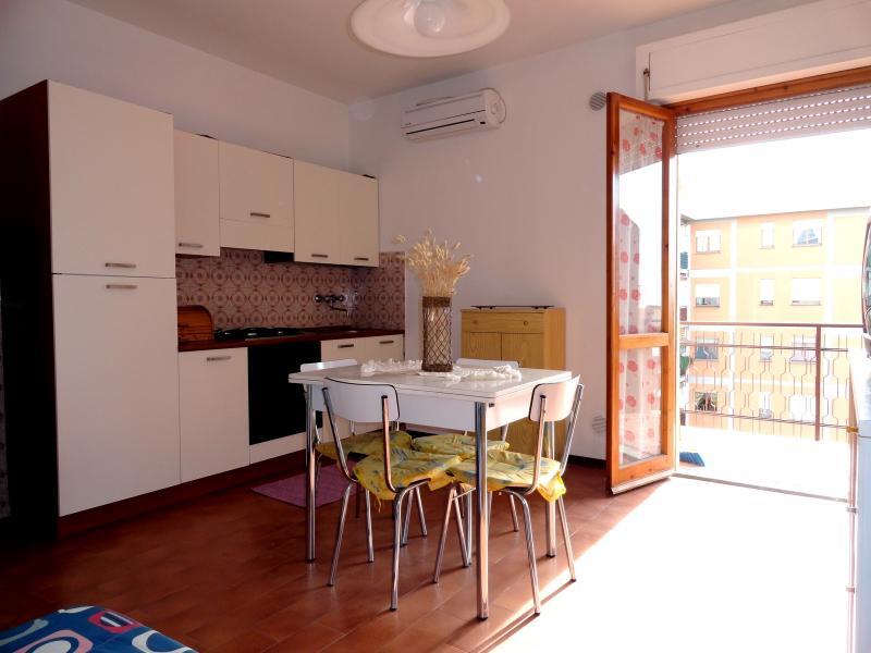 Cocina americana Alquiler Apartamento 75628 Follonica
