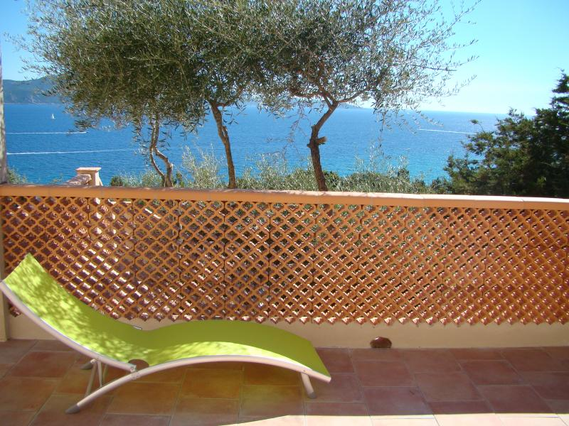 Vistas desde la terraza Alquiler Villa 79457 Propriano