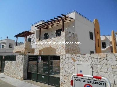Entrada Alquiler Apartamento 78888 Gallipoli